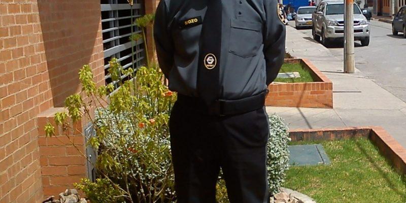 Requisitos para el porte del uniforme de Vigilancia y Seguridad ... eaee3f62a07f7